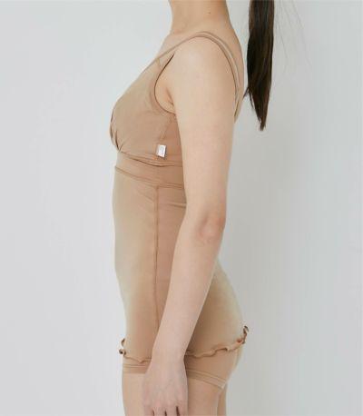 縫い目やタグを外側に配置し、デリケート肌にも優しい構造。