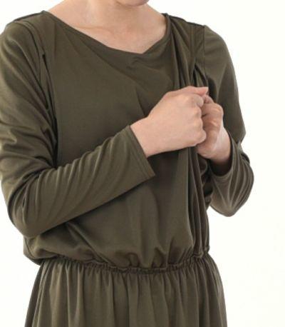 授乳口は抱っこ紐とも相性の良いサイドスリットタイプの授乳服