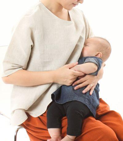 授乳口はレイヤータイプ。授乳服に見えないので授乳期以外の女性にもおすすめ
