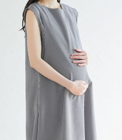 マタニティ(腹囲100cm)対応授乳服。産前も産後もきれいなシルエット