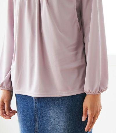 フェミニンなふんわり とした袖口のデザイン