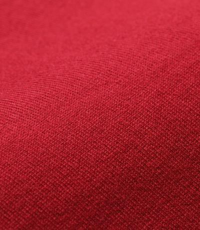 しっかりとした目の詰まったコットン100%素材。洗濯にも強く型崩れしにくい素材