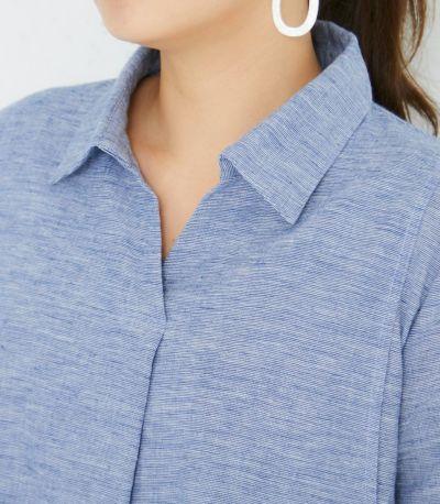 ネックライン スキッパー衿とタックで胸元もすっきり