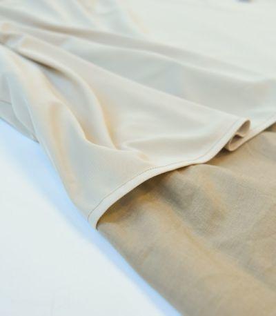 透け感のある素材は 裏地付で安心 ポケットなし